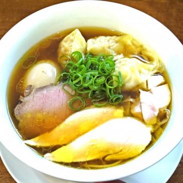 神奈川淡麗系を代表する名店が激戦区目黒に移転。佐野実一門の味『麺や 維新』