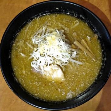 週一のお楽しみ!新宿の隠れ家で頂く味噌ラーメン『麺屋 翔』